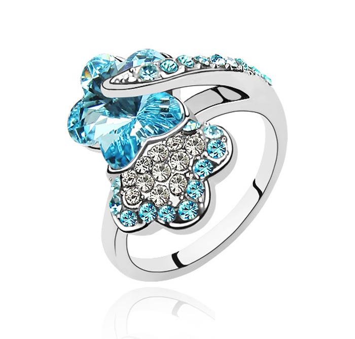 кольцо с голубым камнем swarovski